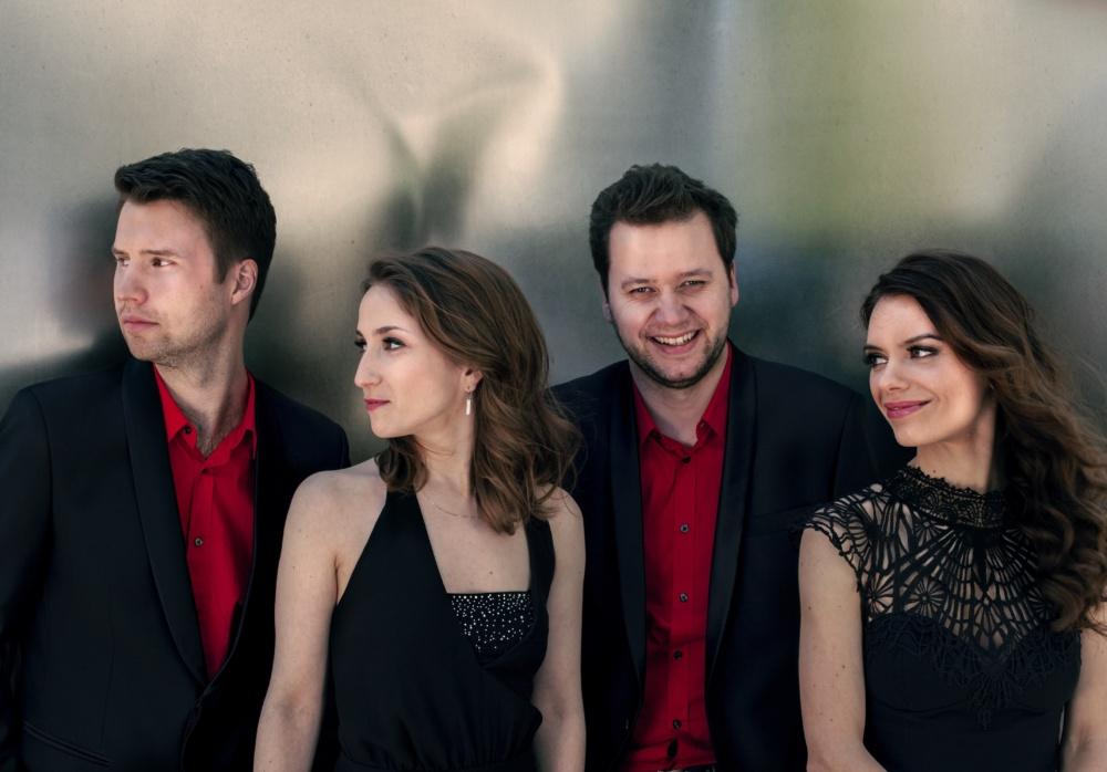 Armida Quartetc Felix Broede red shirts