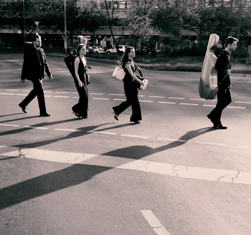 Armida Quartettc Felix Broede Zebrastreifen
