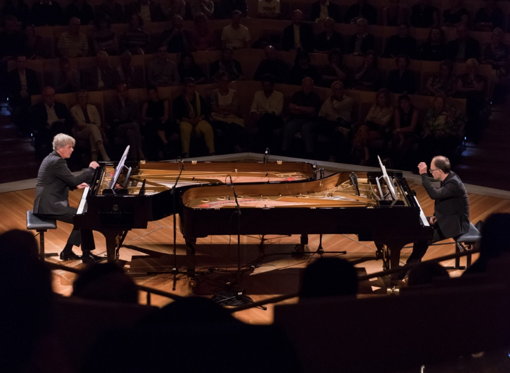 Grau Schumacher Piano Duo CR Peter Adamik