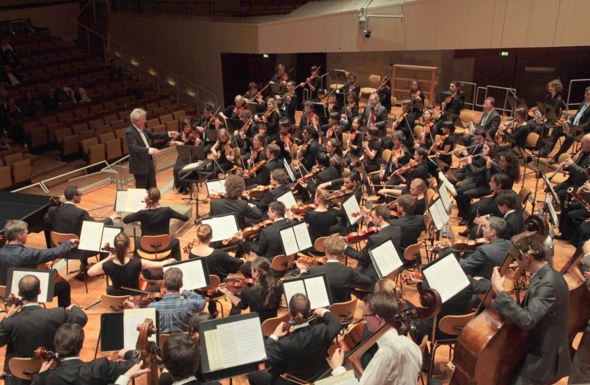 2012 kw60 mit der JD Ph in der Berliner Philharmonie