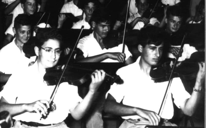 Im Konservatorium ca 1950 51 Jugendorchester Jerusalem vorne rechts